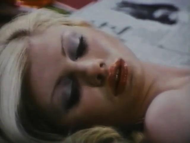 Mädchen, die sich hocharbeiten (1974)